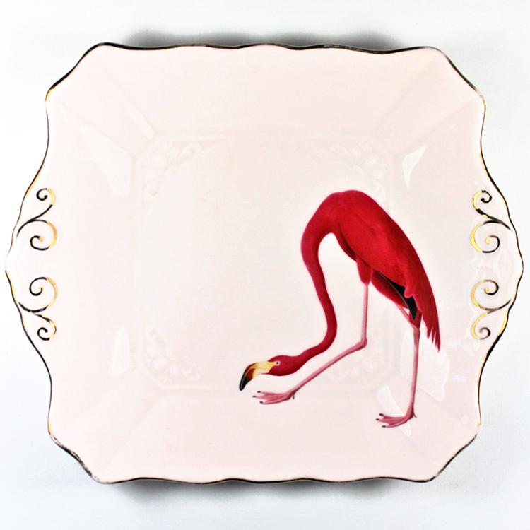 Diseño en platos-Tendencia que une decoración y arte-Yvonne-Ellen-agencia-diseño-sevilla-johnappleman-04