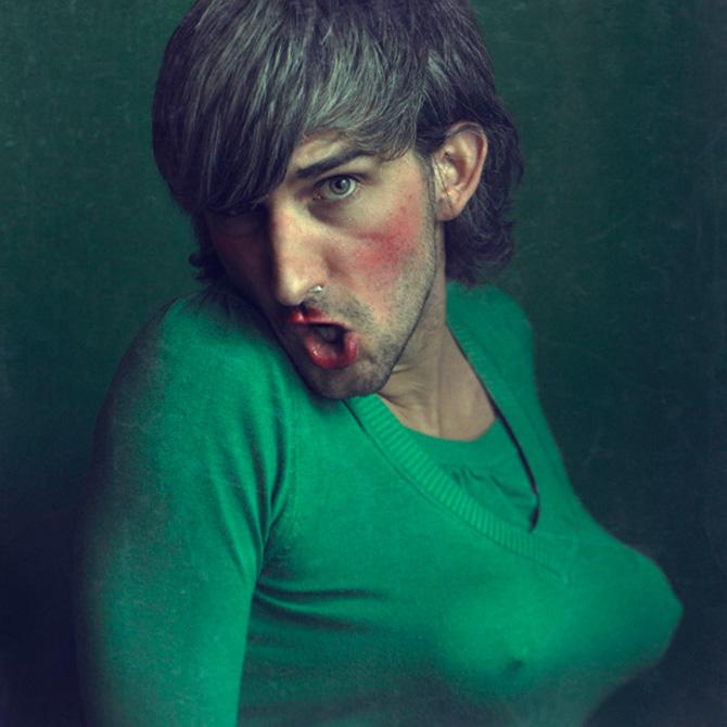 Foto-hombre-maquillado-Pawel Bajew
