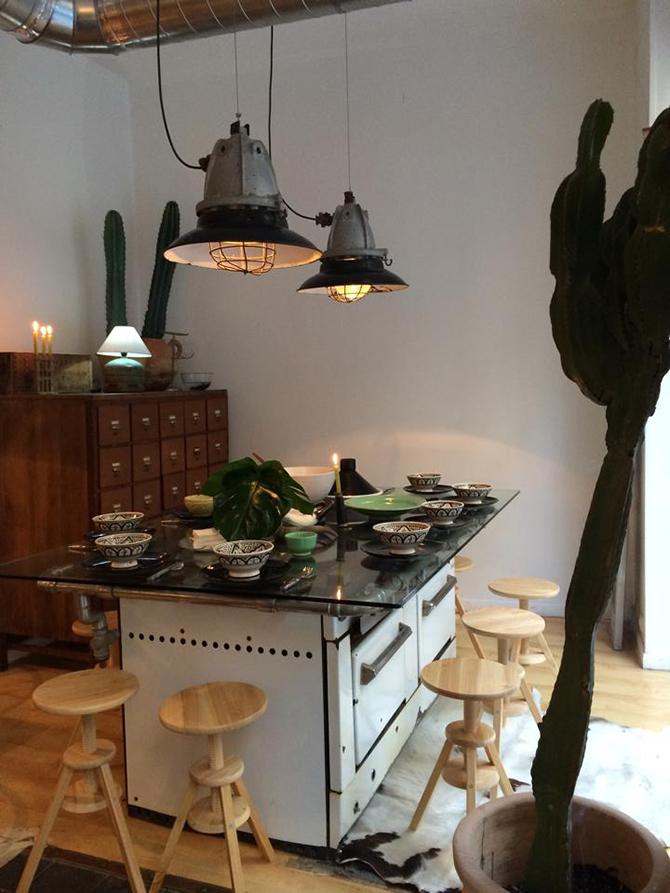 resturacion-sevilla-decoracion-interior-mesa