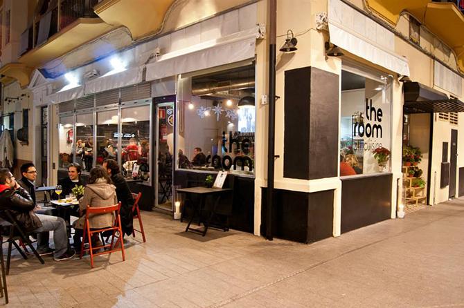 the-room--fachada-exterior-sevilla-theroom
