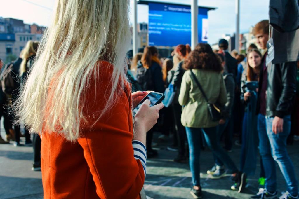 social-media-digital-signace